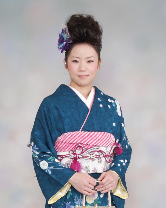 振袖の着付け2011年 拡大画像-4